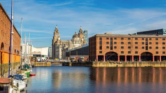 Port w Liverpool - szkoła języka angielskiego dla dorosłych Kaplan