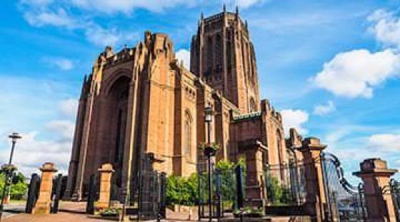 Katedra anglikańska w Liverpool- szkoła językowa dla dorosłych