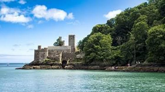 Dartmouth Castle - całoroczna szkoła językowa w Torquay
